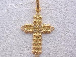 ART 108 - Croce d'oro in filigrana