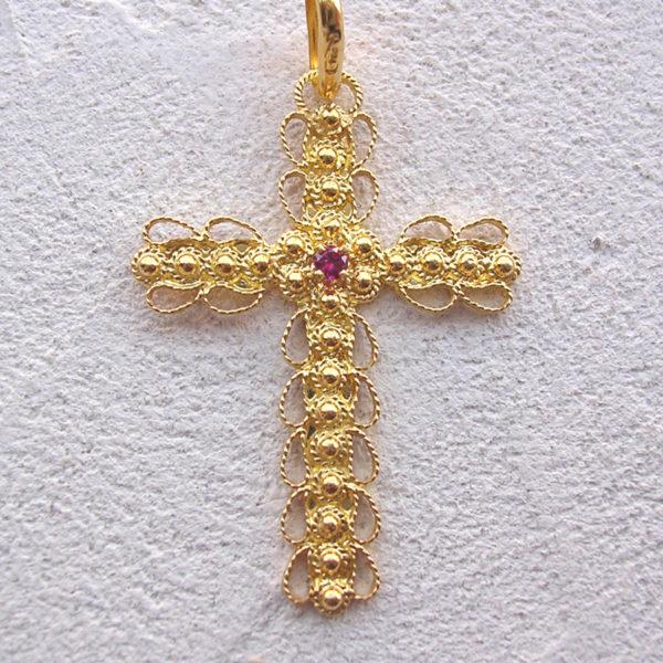 ART 112 - Croce d' oro in filigrana con pietra - Dettaglio