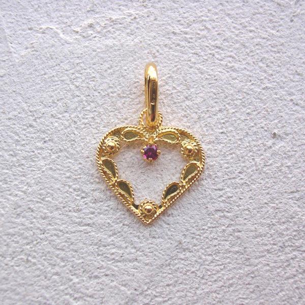 ART 118 - Cuore d'oro in filigrana con pietra