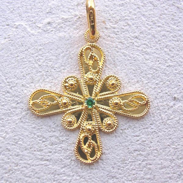 ART 121 - Ciondolo d'oro in filigrana con pietra - Dettaglio