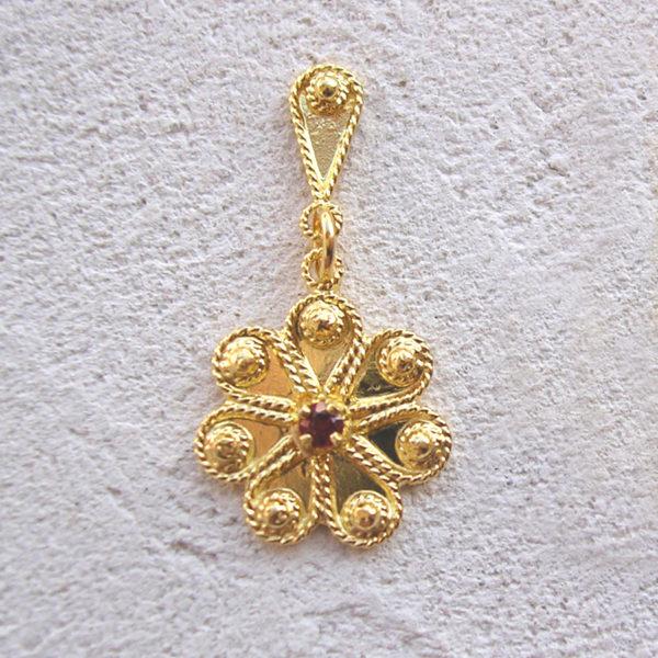 ART 308 - Orecchini d'oro in filigrana con pietra - Dettaglio