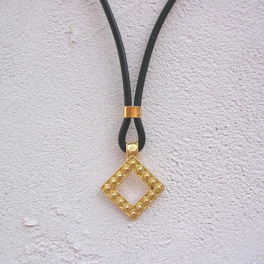 ART 412 - Collier d' oro in filigrana